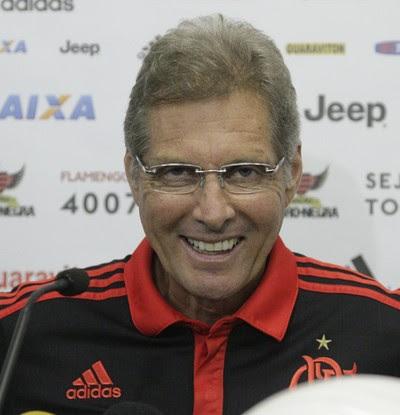 Oswaldo foi apresentado como novo técnico nesta quinta-feira (Foto: Gilvan de Souza/Fla Imagem)