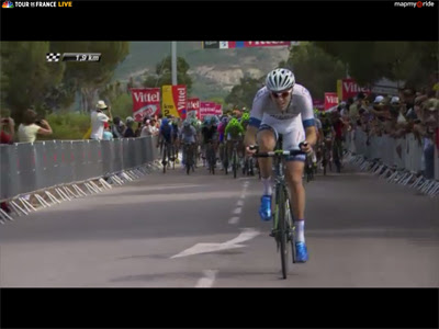 Screenshot from Day 3 on Corsica.  Blue shoes won't hold on.