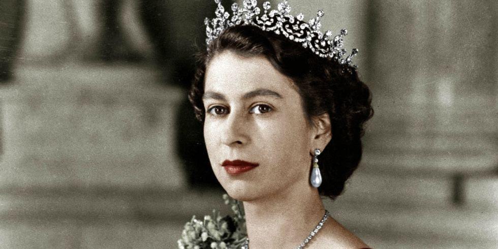 Risultati immagini per queen elizabeth ii young