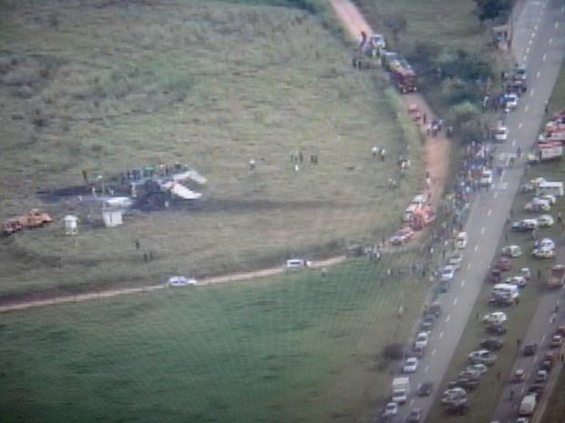 Movimento é grande próximo ao aeroporto de Jundiaí (Foto: Reprodução/TV Globo)