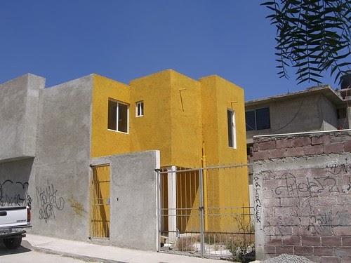 Constructora zacate casa amarilis 1 vendida for Constructora casa