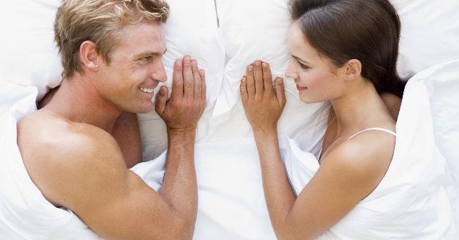 http://sexualidad.salud180.com/sites/default/files/styles/medium/public/field/image/2014/07/camaparejac.jpg?itok=4vSLzdQb