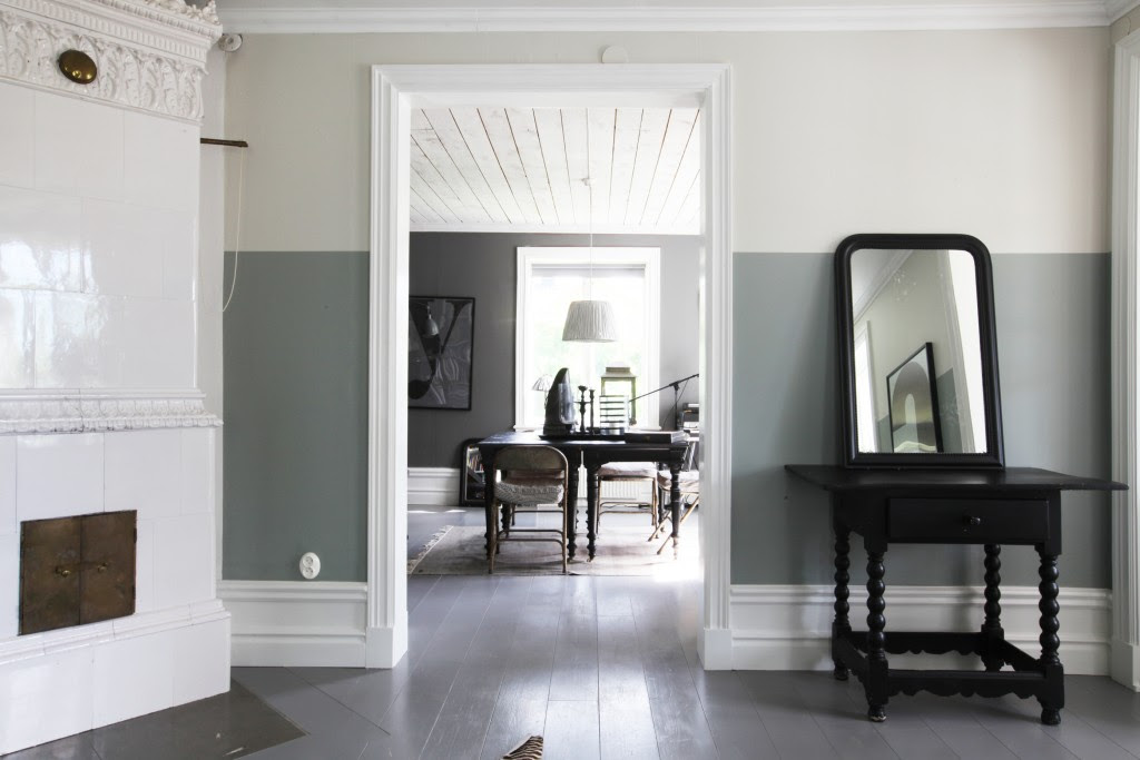 Color Block Living Room - Two Tone Decor   COCOCOZY