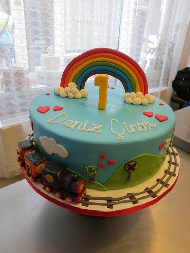Cake Amsterdam Rainbow Train Cake