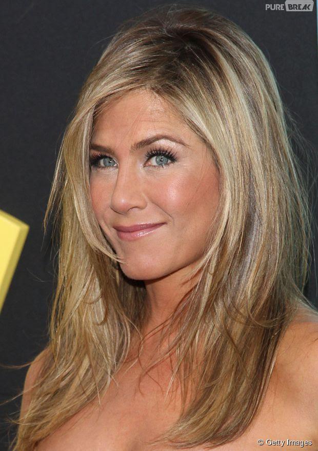 Jennifer Aniston tem 45 anos