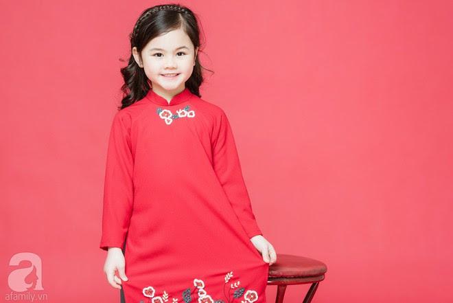 Rộn ràng ngày Xuân cùng những thiết kế áo dài dịu dàng cho mẹ và bé mặc trong dịp Tết này - Ảnh 5.