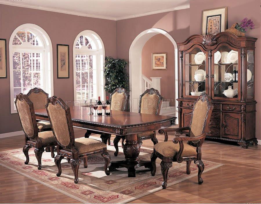Formal dining room furniture: Dining room sets