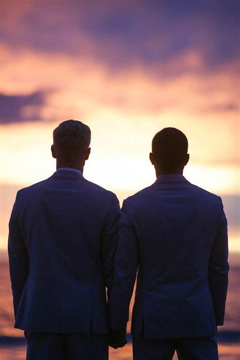 Everything blue wedding in Maui   Equally Wed   LGBTQ Weddings