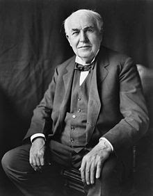 http://upload.wikimedia.org/wikipedia/commons/thumb/9/9d/Thomas_Edison2.jpg/220px-Thomas_Edison2.jpg
