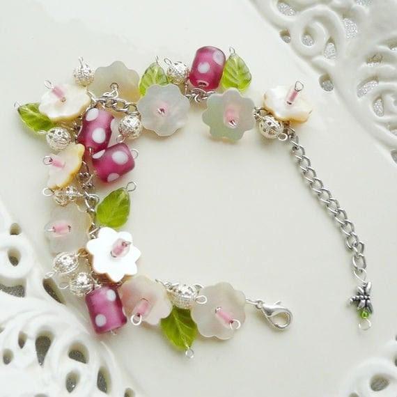 Floral charm bracelet