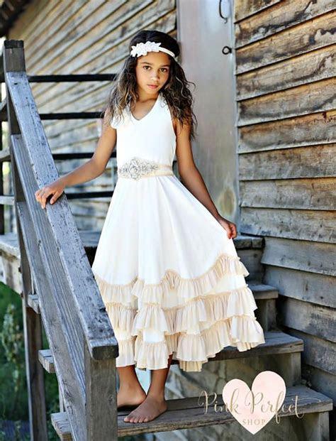 Best 25  Bohemian flower girls ideas on Pinterest