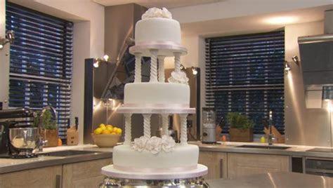 BBC Food   Recipes   Traditional wedding cake