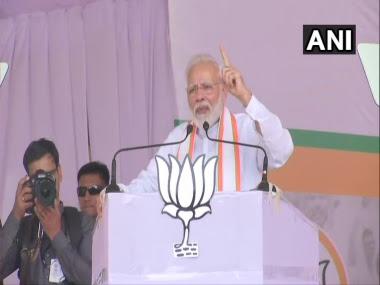 Narendra Modi addressing a rally in Jalgaon on Sunday.