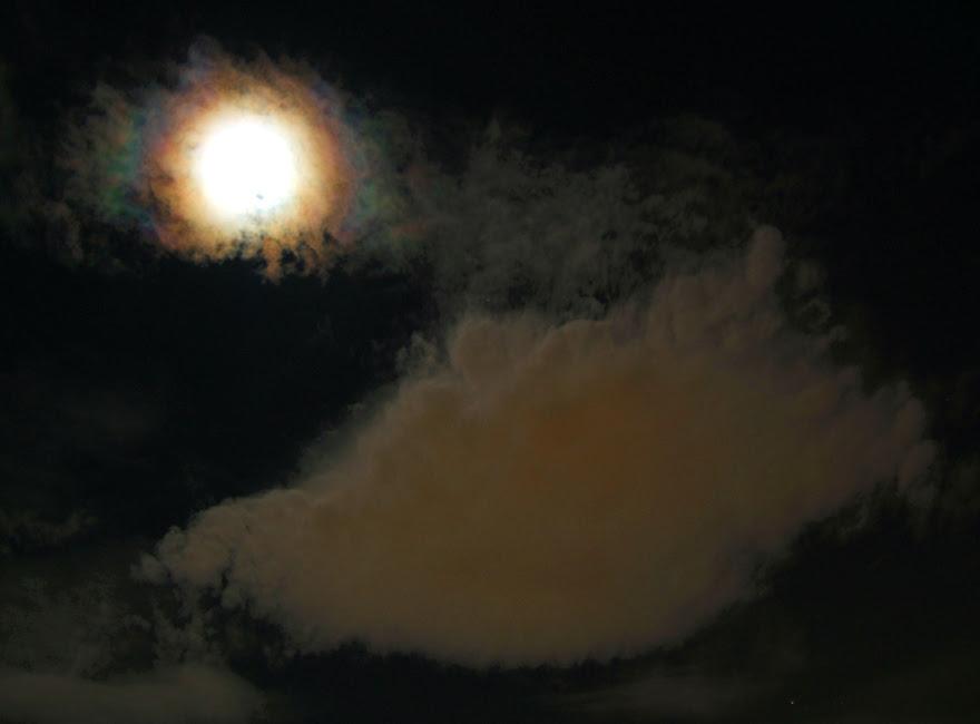 MoonCoronaForPanagiotis.jpg