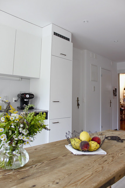 Küchentisch, Küchenkombination mit Kühlschrank