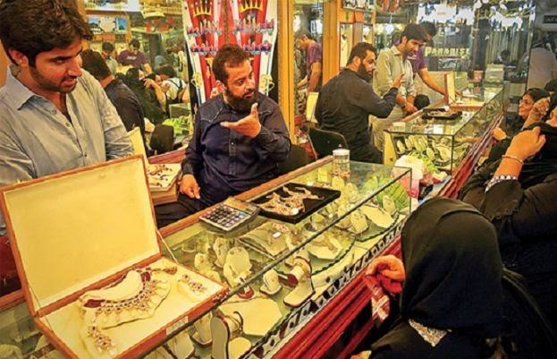 سونے کی فی تولہ قیمت سے متعلق حیران کن خبر نے شہریوں کو بازار کا رخ کرنے پر مجبور کر دیا