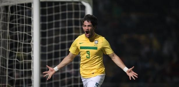 Alexandre Pato volta à seleção brasileira após quase oito meses sem ser convocado
