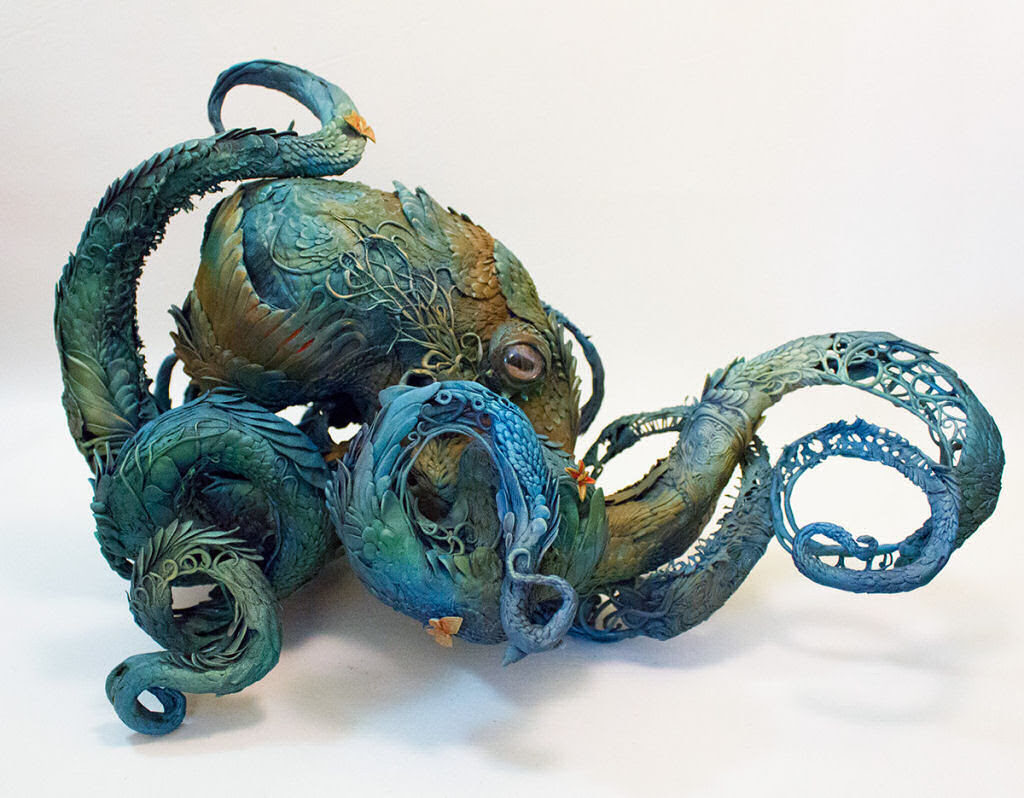 As esculturas surrealistas de Ellen Jewett mesclam plantas e vida animal 10