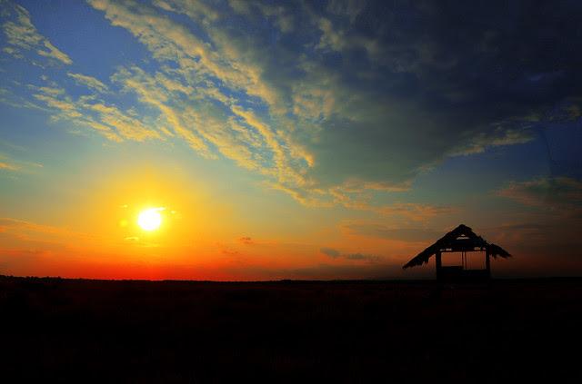 Pemandangan Senja Sunset di Batu 11 Lekir