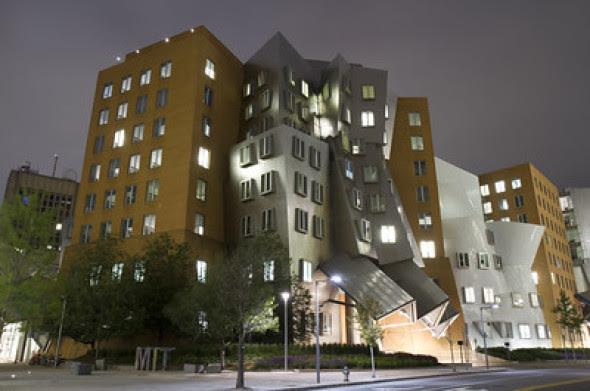 Resultado de imagen de Frank Gehry: el disfuncional Centro Ray y Maria Stata del MIT