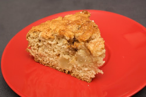 apple and cinnamon tea cake