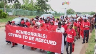 Manifestació per reclamar l'alliberament de les noies segrestades