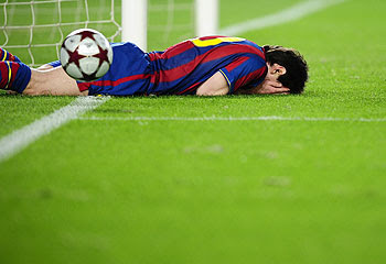 http://resources0.news.com.au/images/2009/10/21/1225789/115692-lionel-messi.jpg