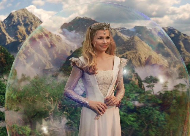 4 Michelle Williams as Glinda The Good Witch_Costume designed by Gary Jones using Swarovski Elements