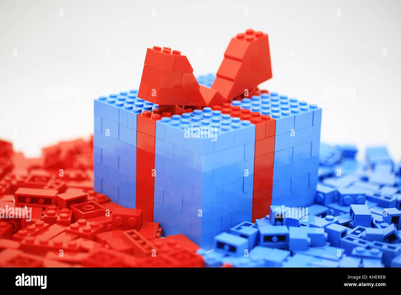 Lego Christmas Gift Box Stock Photo 165668227 Alamy