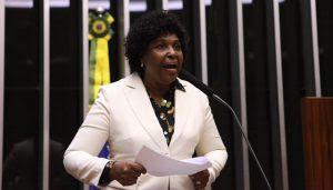 Benedita anuncia Marcha das Mulheres Negras em novembro
