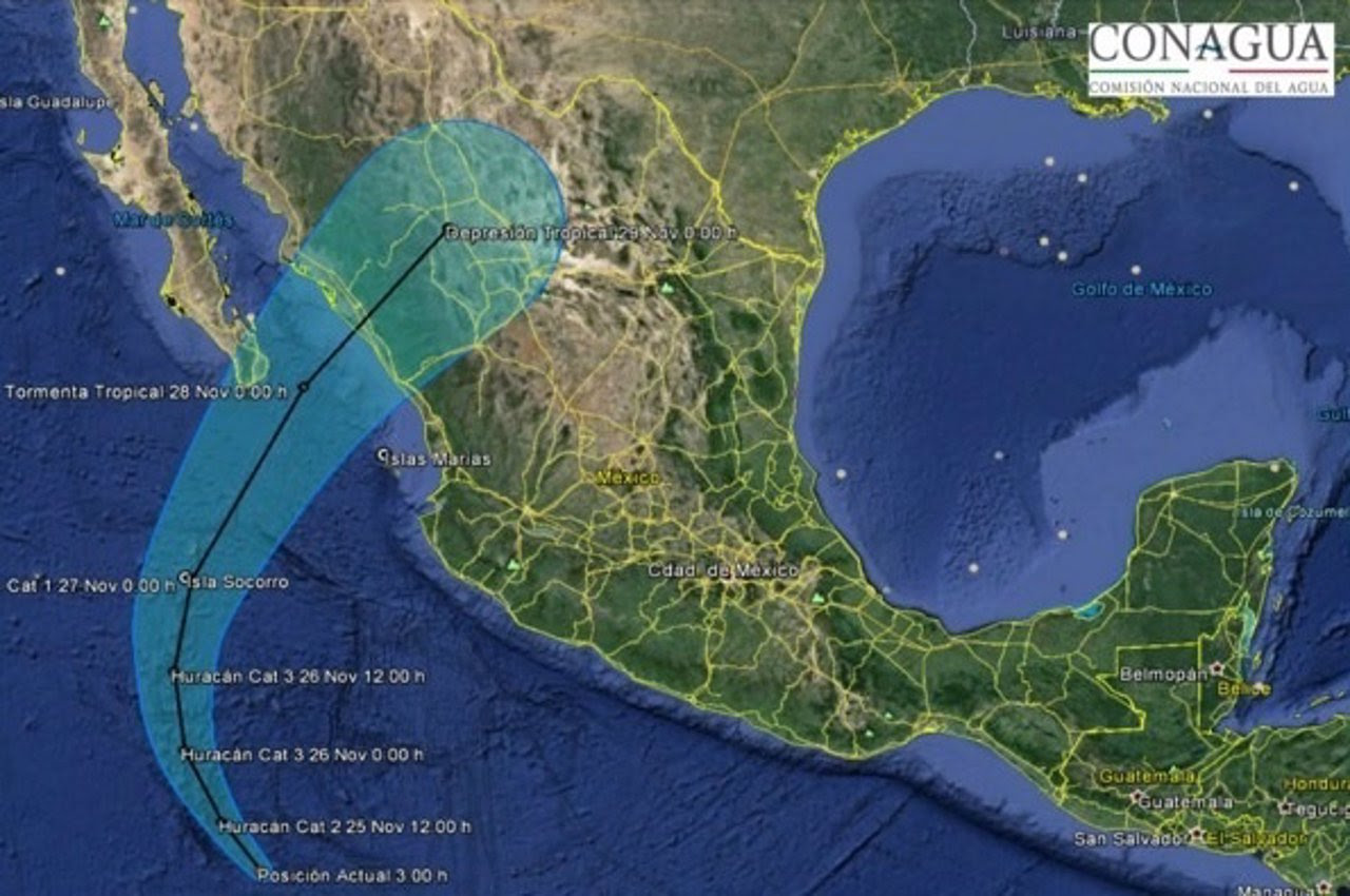 """HURACAN """"SANDRA"""" ALCANZA LA CATEGORIA 4 EN EL PACIFICO MEXICANO, 26 de Noviembre 2015"""