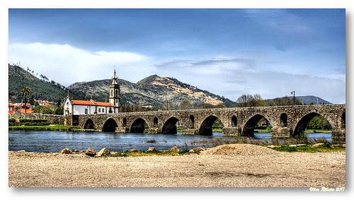 Ponte romana / medieval sobre o rio Lima #5 by VRfoto