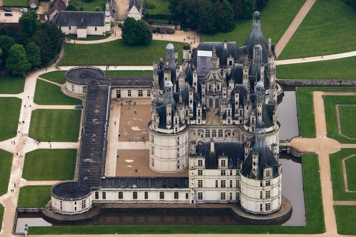 Замок Шамбор – королевский каприз 39088