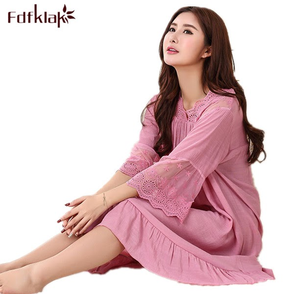 Get  2017 New Summer Dress Nightgowns For Women Nightdress Cotton Sleep Wear Lingerie Women Nightwear Se