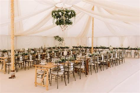 10 marquee wedding décor ideas