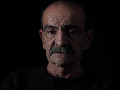 El mercenario Paulo Figueiredo Fontes protagoniza 'Tierra de nadie'.
