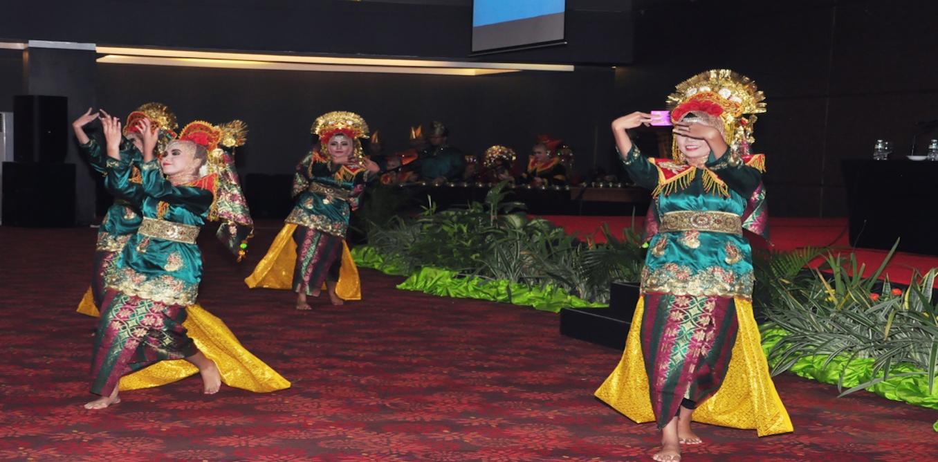 Indonesia's Minangkabau culture promotes empowered Muslim women