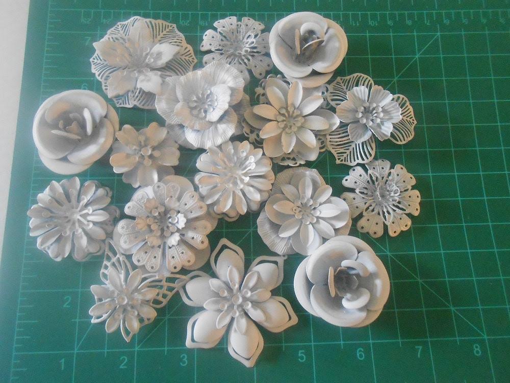 DIY Brooch Bouquet Enamel Flower Brooch 15 pc DIY KIT Ready to Paint Wedding Flowers Primed White