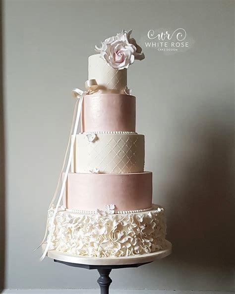Blog   White Rose Cake Design   Modern Luxurious Wedding