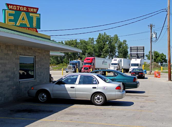 Motor Inn Truck Stop