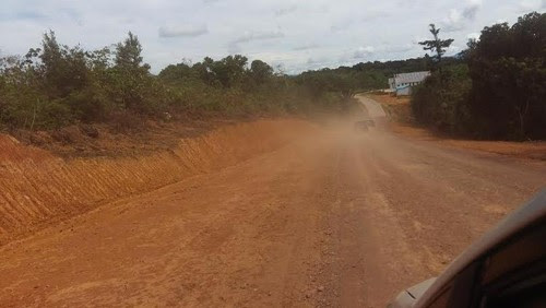Penampakan Pembangunan Jalan Perbatasan RI-Malaysia Yang Dikebut Jokowi