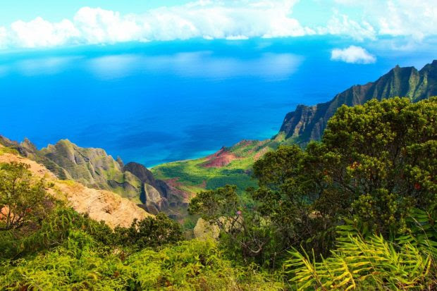 The Best Places to Visit in Hawaii in the Spring