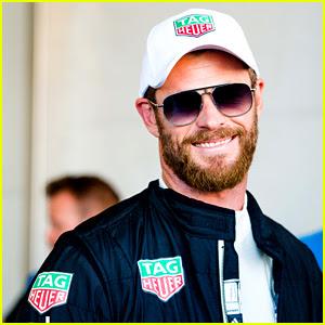 Chris Hemsworth Crashes Formula E Car at NYC ePrix (Video)