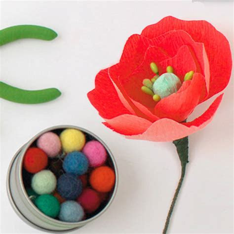 How to Make Paper Poppy Flowers   Hallmark Ideas & Inspiration