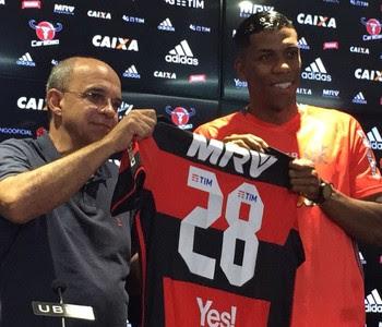 Berrío Flamengo (Foto: Raphael Zarko)
