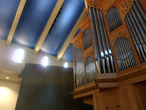 P1010828-2010-05-01-St-Bartholomew-Episcopal-Church-Atlanta-Schola-PreDusk Blue Ceiling