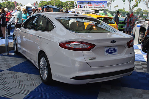 2013 Ford Fusion Energi (US)