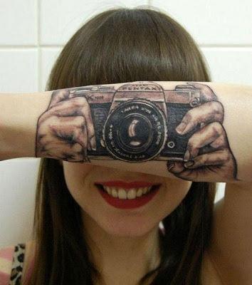 Curioso Tatuaje En El Antebrazo
