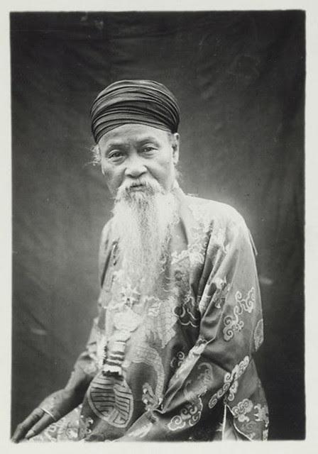Hue 1926 - Son Excellence Ton That Han, président du Comat