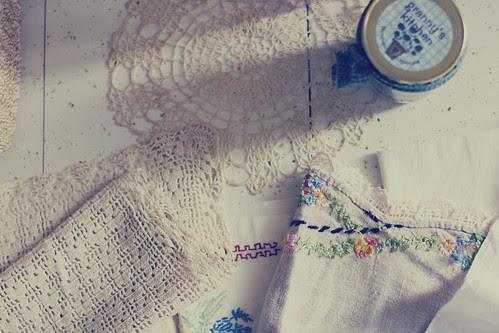 vintage linens 2